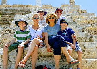 Small Group Tour from Beirut to Sidon, Tyre and Magdouche